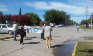 Nueva marcha al municipio por la muerte de Luciano Bustos