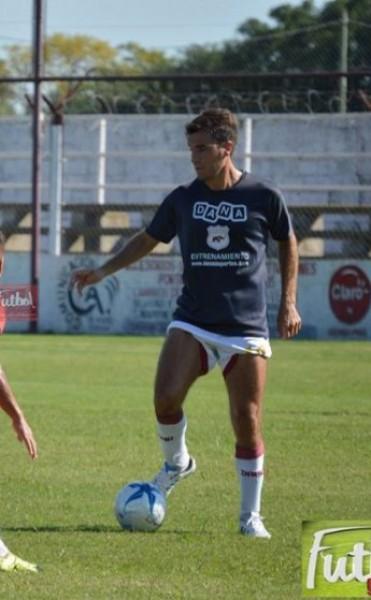 """Defensores derrotó  3 a 0 a Douglas en un amistoso disputado en el """"Salomón Boeseldín"""