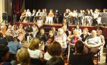 El municipio homenajeo a 76 mujeres destacadas