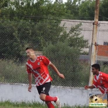 Matienzo goleó a 12 de Octubre con cuatro goles de Fernández