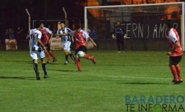 Matienzo no aprovecho su momento y perdió con Atlético Baradero