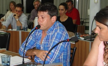 Gabriel Macias vuelve al concejo