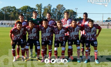 Defensores visita a Guarani Antonio Franco por la reválida
