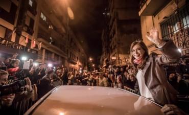 El Intendente Poletti participó del encuentro convocado por CFK