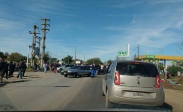 Corte y caos vehicular