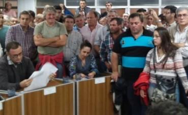 El veterinario Fernando Huarte pidió la renuncia de concejales