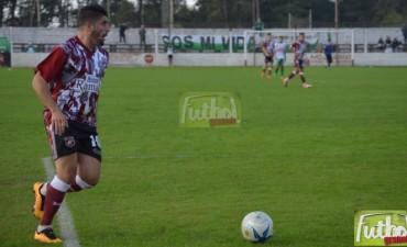 Castro volvió con goles y Defensores le ganó a Unión por la Reválida del Federal A