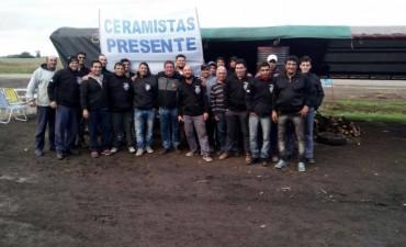 Villa General Savio: Los trabajadores de la ex Rasa continúan de paro