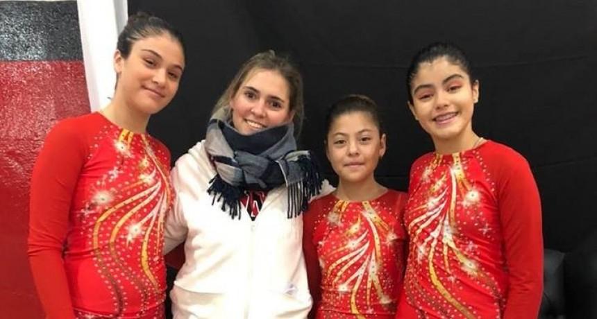 Abril Grottini fue campeona y Xiomara González tercera en el  Regional de Patín