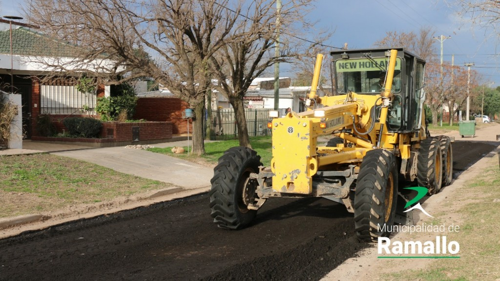 Continúan las obras de asfaltado