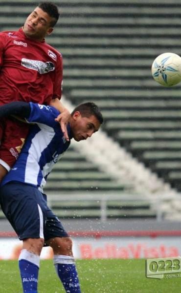 Defensores derrotó a Alvarado por 3 a 0 en Mar del Plata