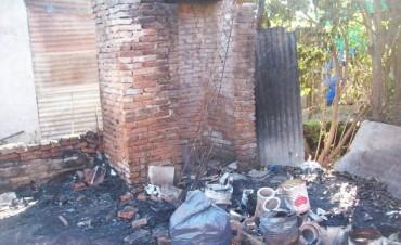 Se incendió totalmente una vivienda en Ramallo