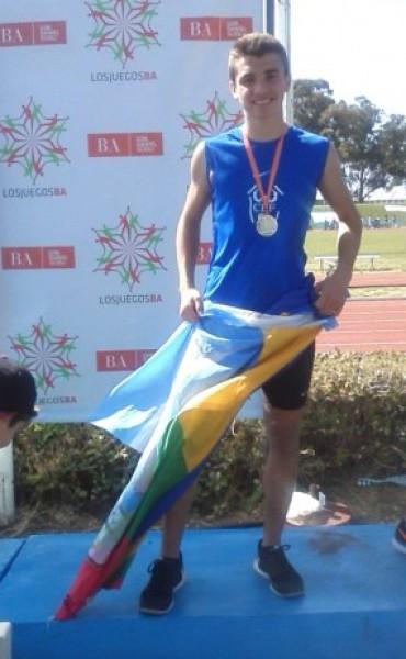 José Simo Campeón Nacional en 80 y 150 metros en los Juegos Evita