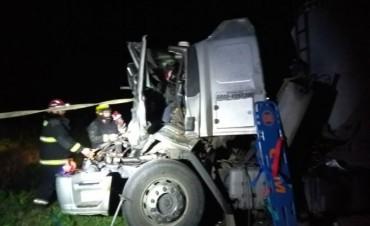 Accidente entre dos camiones en ruta 9