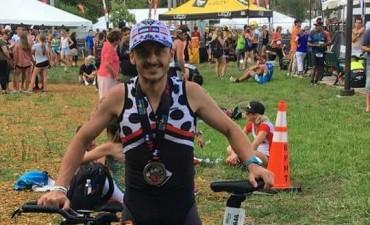 Espectacular carrera de Leonardo Hollmann en el Ironmán más importante del mundo