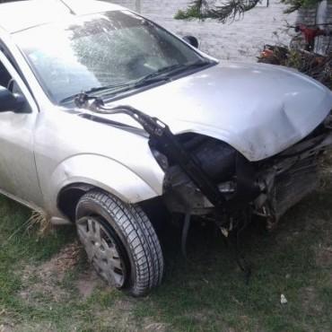 Accidente grave en el acceso a Villa Ramallo a la altura de la Virgen