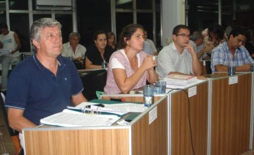 Esta noche los concejales tratan el presupuesto 2015