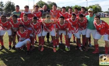 Belgrano ganó los puntos del partido con Gral. Rojo y es el puntero del Clausura a una fecha del final