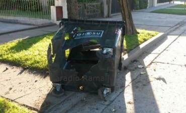 Dañaron cuatro contenedores en Villa Ramallo