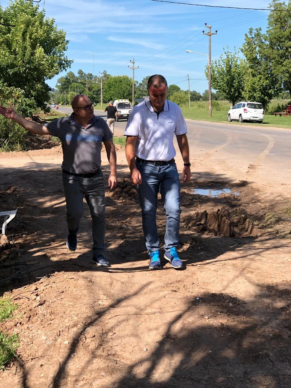 El Intendente Poletti y el Secretario de Obras y Servicios Públicos Leandro Torri recorrieron las obras que ejecuta el municipio