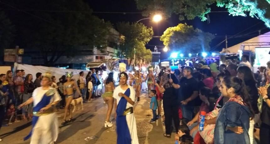 Exitosa noche de carnaval en Villa Ramallo