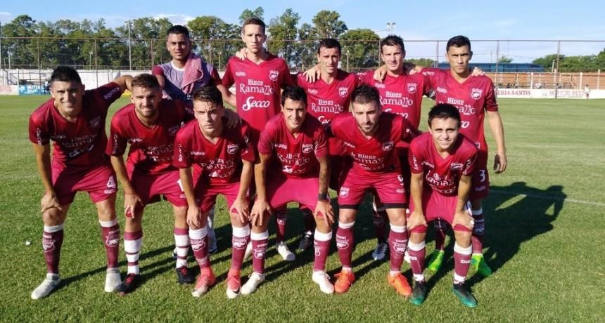 Defensores empató con Atlético Paraná y sigue en la Copa Argetina