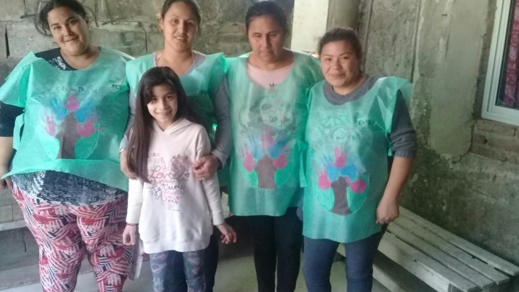 Ramallo: Un grupo de voluntarias entrega todos los días más de 250 raciones de comida