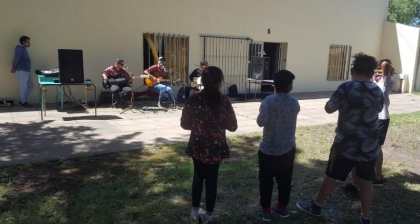 """La Banda de Ramallo realiza Clínicas en el Programa Provincial """"Verano ATR"""""""
