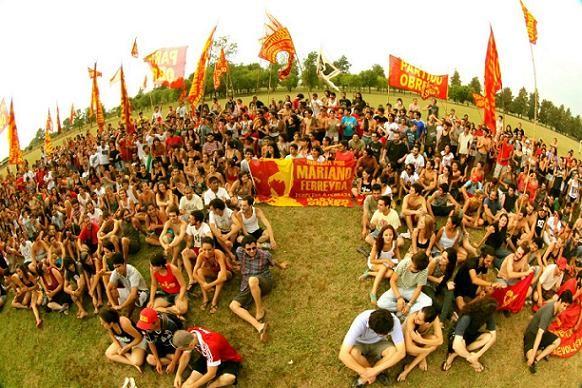 Las juventudes de izquierda realizan su campamento en  Ramallo