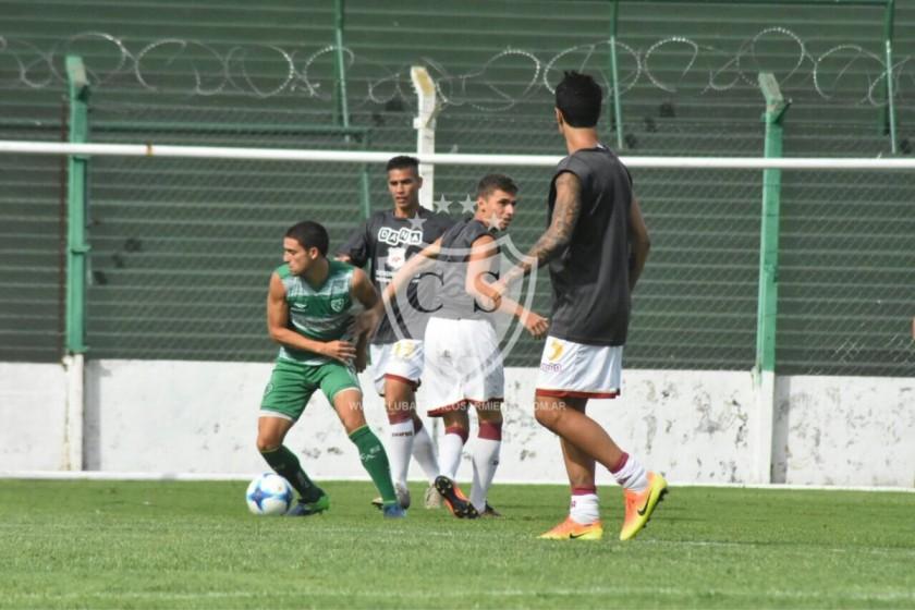 Defensores derrotó a Sarmiento 1 a 0 con gol de Franco Coronel