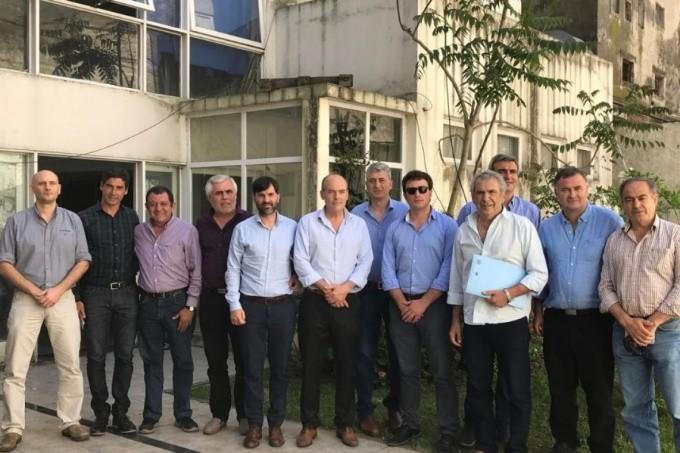 Intendentes peronistas del interior se le plantan a Vidal y piden debatir un nuevo Pacto Fiscal