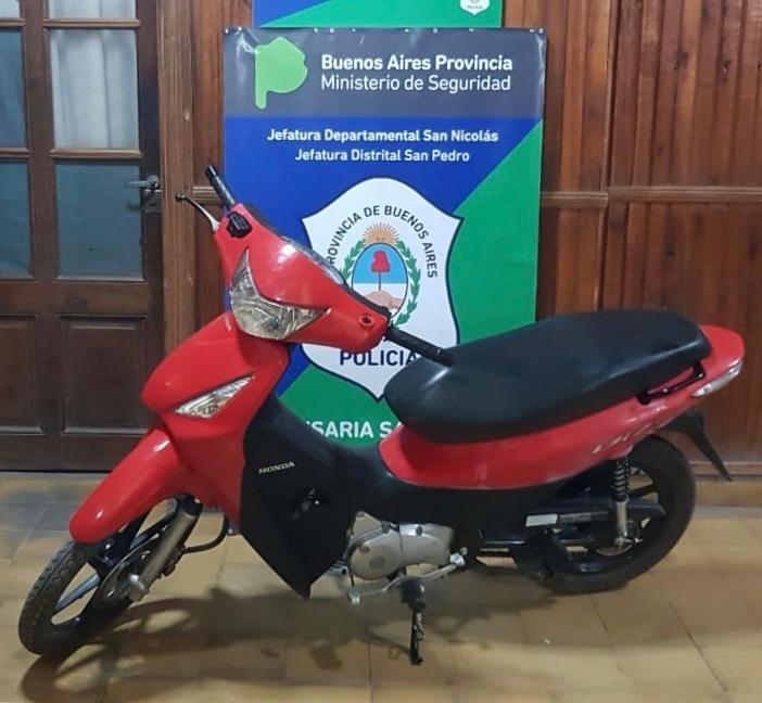 Recuperan una moto que había sido robada