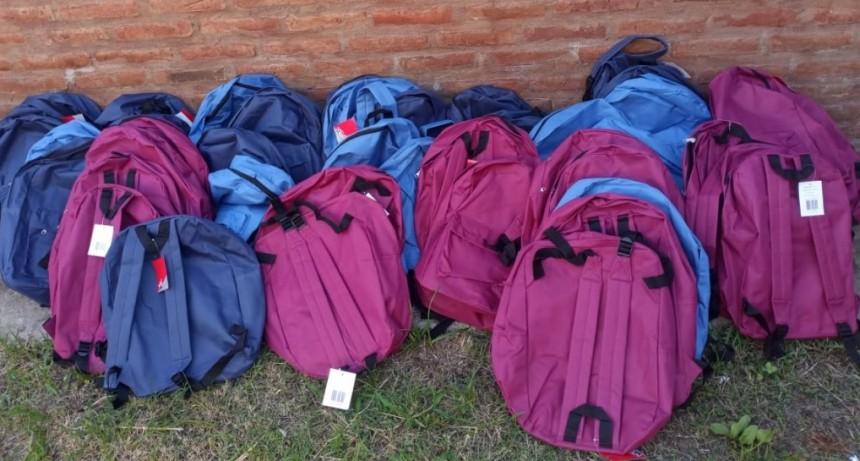 ATE comienza a entregar los Kits escolares