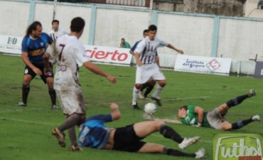 Defensores le ganó a Juventud Unida en Gualeguaychú