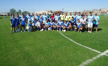 Los veteranos de Ramallo jugaron un inolvidable partido con Racing
