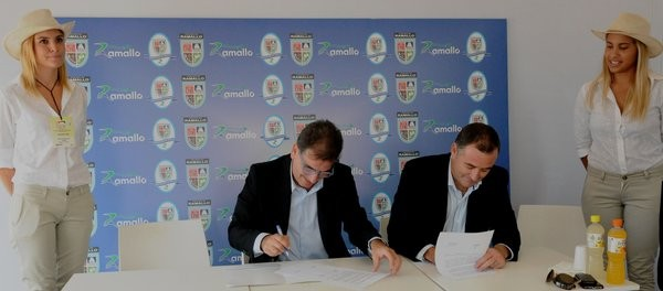 El Intendente Poletti firmó el convenio de adhesión a la policía local