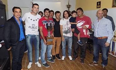 La Liga Nicoleña realizó la entrega de premios a los campeones 2015