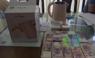 Un empresario chino intentó coimear a la Intendente de Baradero con $100.000 escondidos en un regalo
