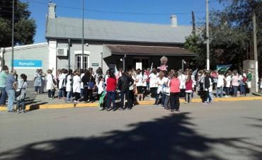 Marcha y volanteada de docentes en Villa Ramallo