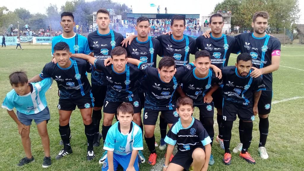 Social cayo con Paraná pero el gol de Monzón mantiene la ilusión