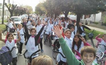 Bicicleteada y visita a La Radio Ramallo