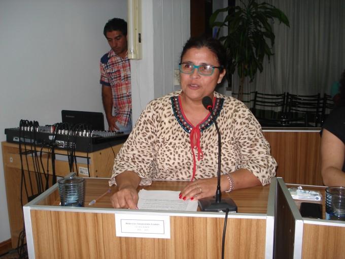 """Prof. Marcela Isarra """"Con este trabajo buscábamos darle al Intendente elementos para trabajar en lo social"""""""