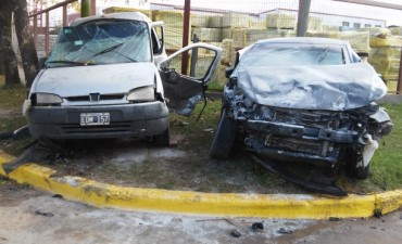 Violento accidente en Villa Ramallo