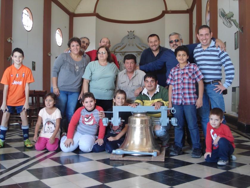 Llegó la campana para la Iglesia San Juan Bautista