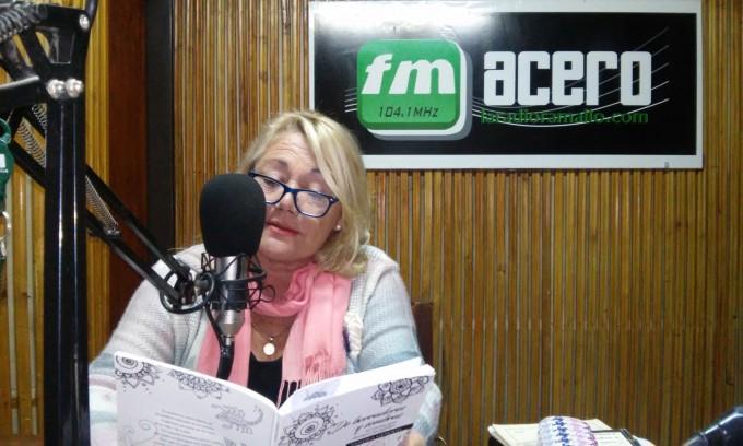 La escritora Sandra Genoud presenta su libro de poemas en la Feria del Libro