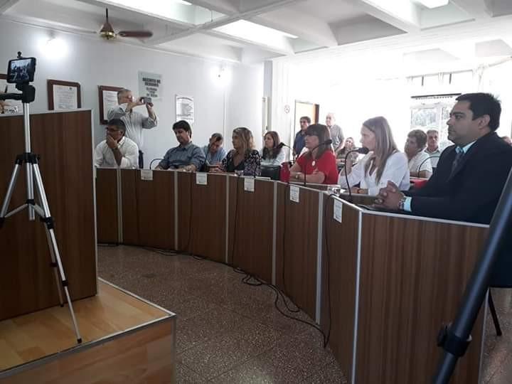 Los concejales y una sesión marcada por la diversidad de temas