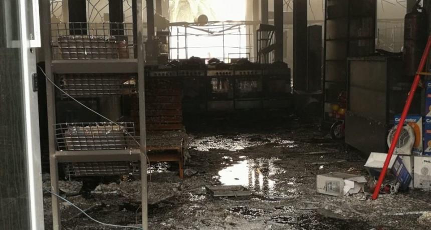 Pérdidas totales en el incendio de la mueblería