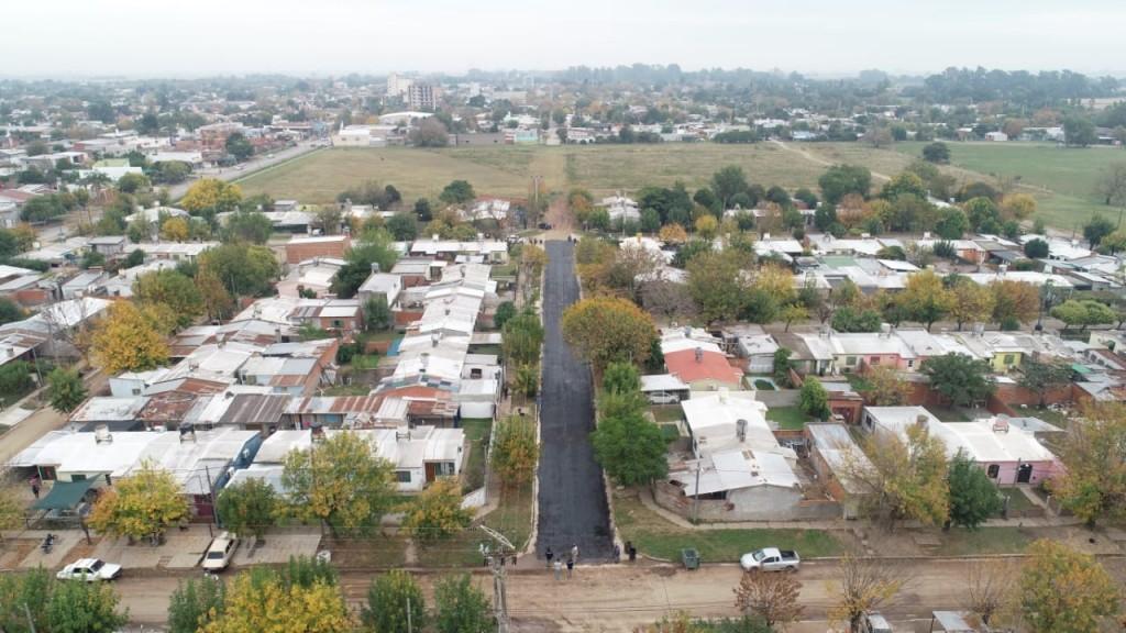 Asfaltado en Barrio Fonavi