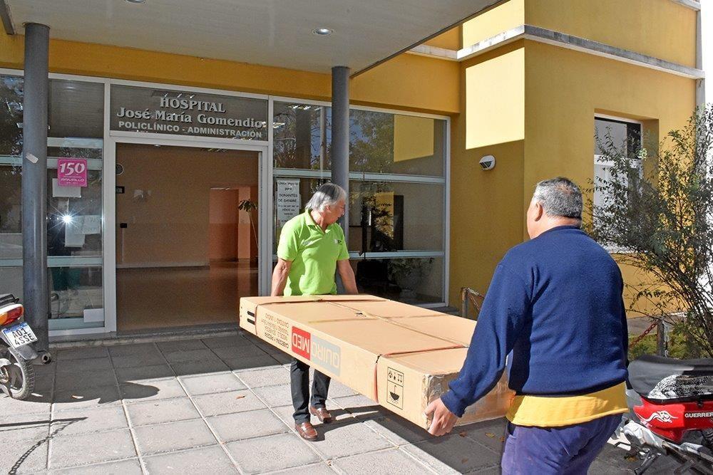 Ternium comenzó hoy la entrega de donaciones a hospitales de la zona