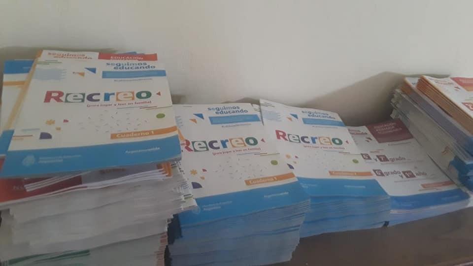 Educación: Se comenzó a entregar la ayuda alimentaria y los cuadernillos del plan de Continuidad Pedagógica